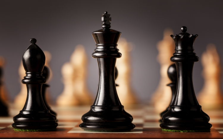 shutterstock_291297941 (cropped chess pieces)